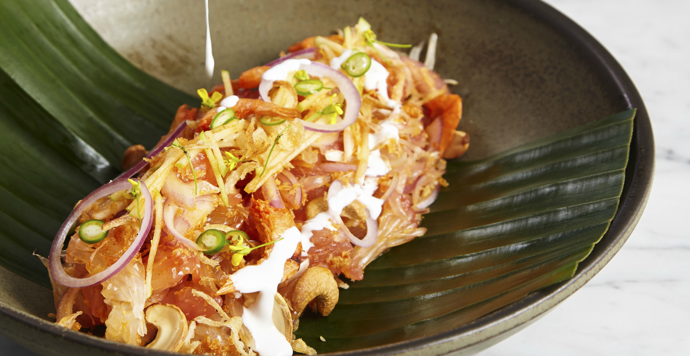 Thai Pomelo Salad: A Medley of Flavours